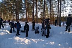 03_Lunta oli tavallistakin enemmän - ja se piti lapioida telttapaikalta pois